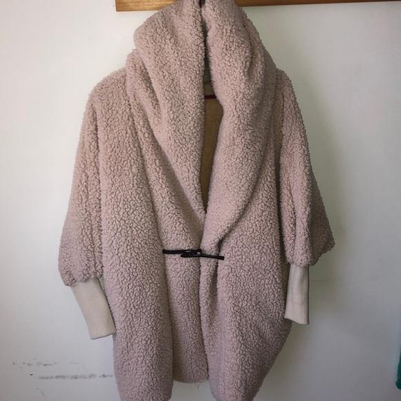 4f965ad83c6dd1 Shein Oversized Hooded Sherpa. M_5c2e59608ad2f97fd3284067